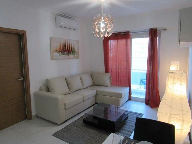 Apartamento Santo Domingo>Distrito Nacional>Serralles - Alquiler:800 Dolares - codigo: 20-206