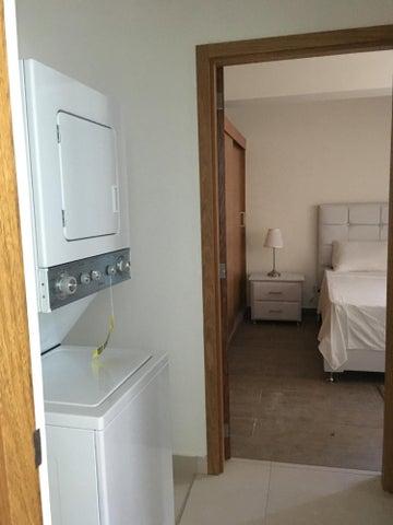 Apartamento Santo Domingo>Distrito Nacional>Serralles - Alquiler:700 Dolares - codigo: 20-214