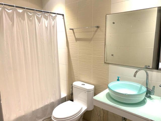 Apartamento Santo Domingo>Distrito Nacional>Serralles - Venta:450.000 Dolares - codigo: 20-251
