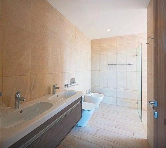 Apartamento La Altagracia>Punta Cana>Bavaro - Venta:398.000 Dolares - codigo: 20-257