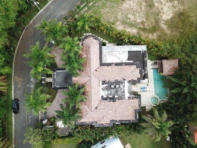 Casa Santo Domingo>Distrito Nacional>Arroyo Hondo - Venta:580.000 Dolares - codigo: 20-262
