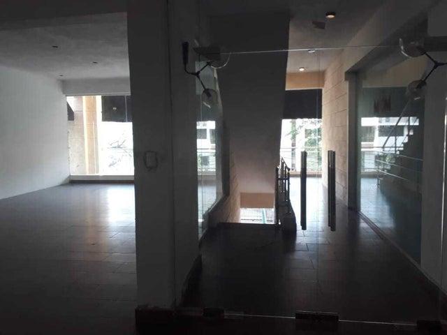 Local Comercial Santo Domingo>Distrito Nacional>Naco - Alquiler:1.750 Dolares - codigo: 20-263