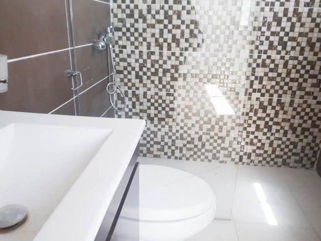 Apartamento Santo Domingo>Distrito Nacional>Bella Vista - Alquiler:1.000 Dolares - codigo: 20-313