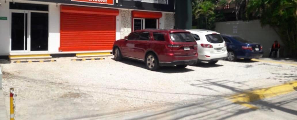 Local Comercial Santo Domingo>Distrito Nacional>Bella Vista - Alquiler:25.000 Pesos - codigo: 20-404