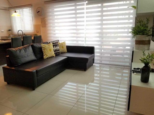 Apartamento Santo Domingo>Distrito Nacional>Piantini - Alquiler:1.300 Dolares - codigo: 20-406