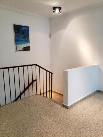 Apartamento Santo Domingo>Distrito Nacional>Zona Universitaria - Venta:6.525.000 Pesos - codigo: 20-408