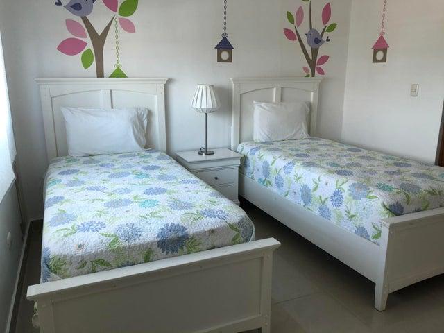 Apartamento Santo Domingo>Distrito Nacional>Los Cacicazgos - Alquiler:2.500 Dolares - codigo: 20-413