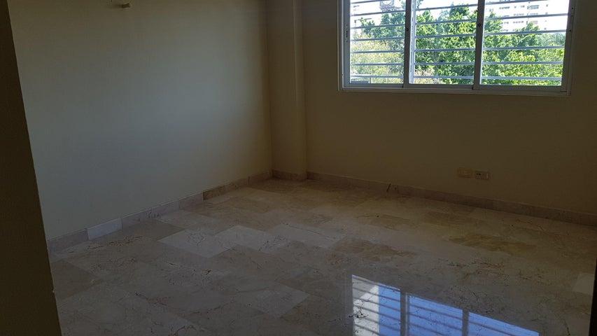 Apartamento Santo Domingo>Distrito Nacional>Piantini - Alquiler:900 Dolares - codigo: 20-418