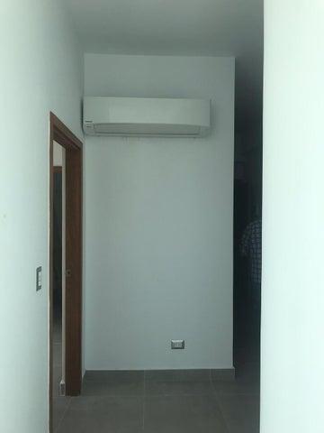 Apartamento Santo Domingo>Distrito Nacional>Piantini - Alquiler:1.150 Dolares - codigo: 20-682