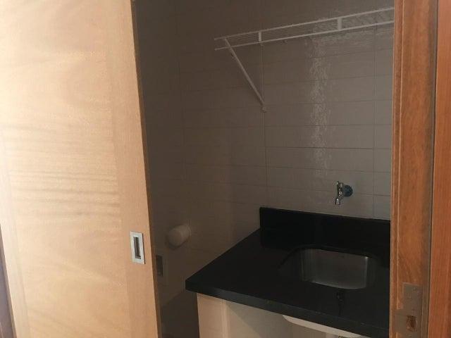Apartamento Santo Domingo>Distrito Nacional>Piantini - Venta:145.000 Dolares - codigo: 20-697
