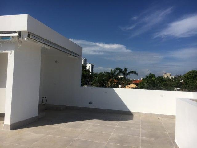 Casa Santo Domingo>Distrito Nacional>Bella Vista - Venta:750.000 Dolares - codigo: 20-711