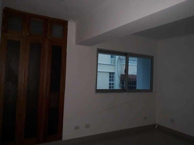 Apartamento Santo Domingo>Distrito Nacional>Bella Vista - Venta:110.000 Dolares - codigo: 20-794