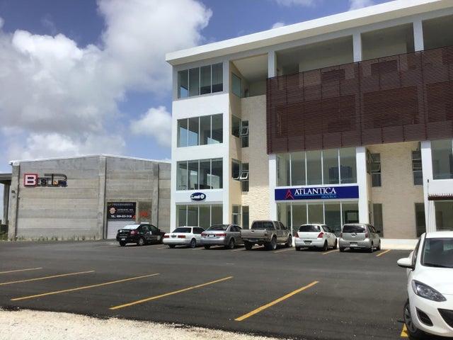 Local Comercial La Altagracia>Punta Cana>Punta Cana - Alquiler:1.600 Dolares - codigo: 20-911