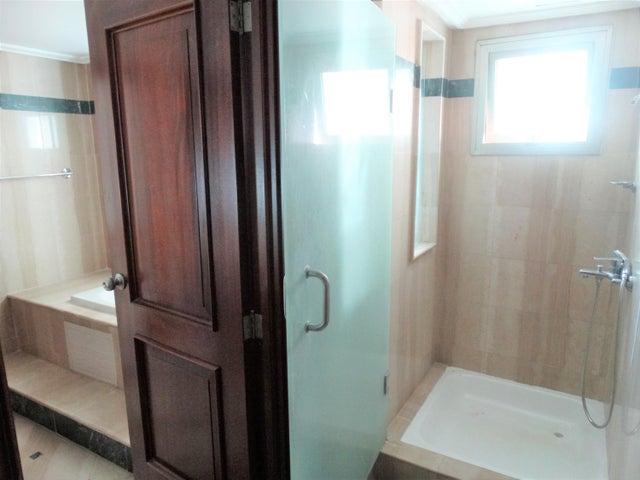 Apartamento Santo Domingo>Distrito Nacional>La Esperilla - Alquiler:2.200 Dolares - codigo: 20-1021