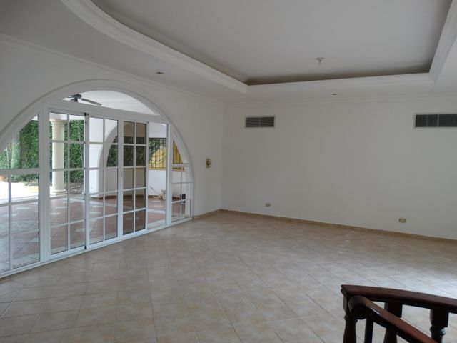 Casa Santo Domingo>Distrito Nacional>Los Rios - Venta:950.000 Dolares - codigo: 20-1104