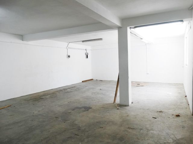 Local Comercial Santo Domingo>Distrito Nacional>Evaristo Morales - Alquiler:6.210 Dolares - codigo: 20-1189