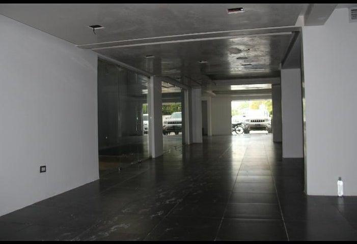Local Comercial Santo Domingo>Distrito Nacional>Naco - Alquiler:4.000 Dolares - codigo: 20-1274