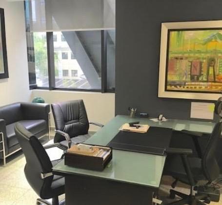 Oficina Santo Domingo>Distrito Nacional>Piantini - Alquiler:3.300 Dolares - codigo: 20-1510