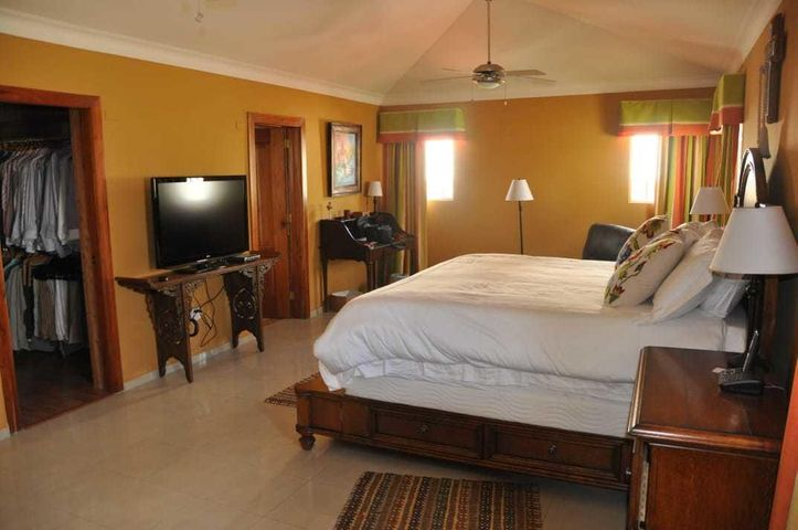 Casa Santo Domingo>Distrito Nacional>Altos de Arroyo Hondo - Venta:310.000 Dolares - codigo: 20-1563