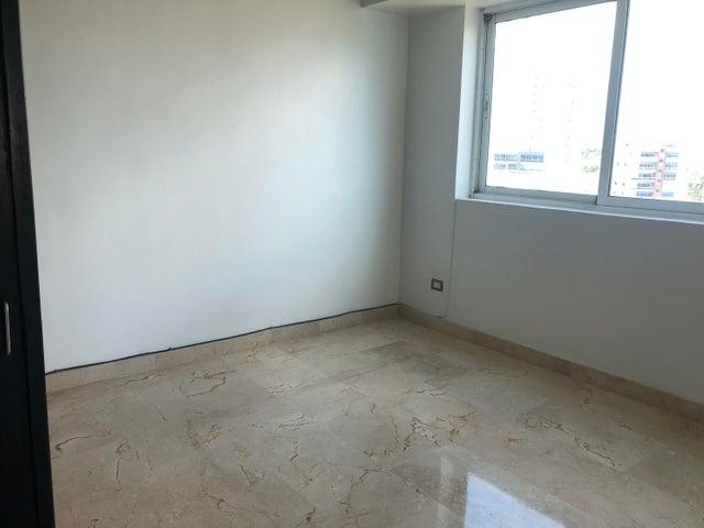 Apartamento Santo Domingo>Distrito Nacional>Los Cacicazgos - Alquiler:1.350 Dolares - codigo: 20-502