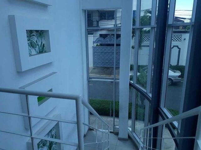 Apartamento Santo Domingo>Distrito Nacional>Bella Vista - Alquiler:1.200 Dolares - codigo: 20-1638