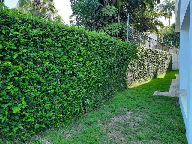 Casa Santo Domingo>Distrito Nacional>Cuesta Hermosa II - Venta:550.000 Dolares - codigo: 20-1133