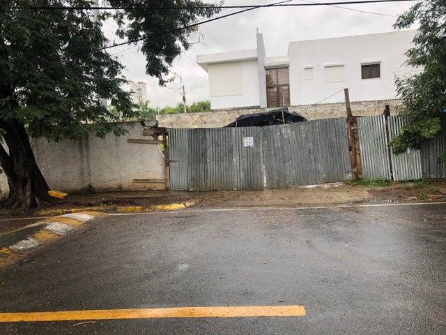 Terreno Santo Domingo>Distrito Nacional>Bella Vista - Venta:750.000 Dolares - codigo: 20-1729