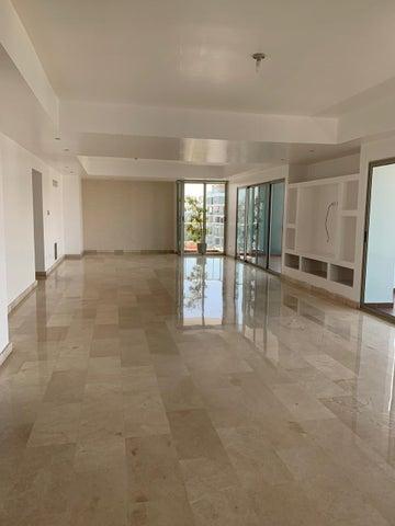 Apartamento Santo Domingo>Distrito Nacional>Evaristo Morales - Venta:360.000 Dolares - codigo: 20-1750