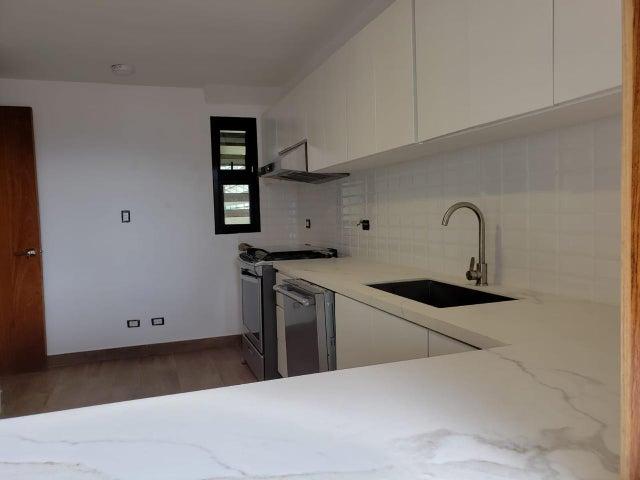 Apartamento Santo Domingo>Distrito Nacional>Piantini - Alquiler:2.100 Dolares - codigo: 21-14