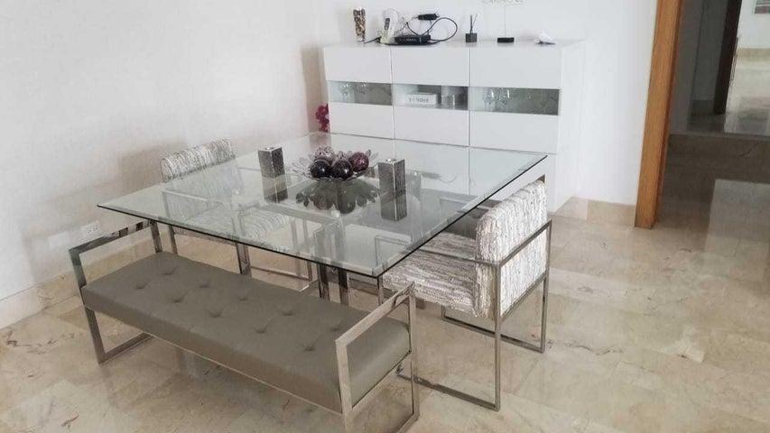 Apartamento Santo Domingo>Distrito Nacional>Piantini - Alquiler:2.900 Dolares - codigo: 21-15
