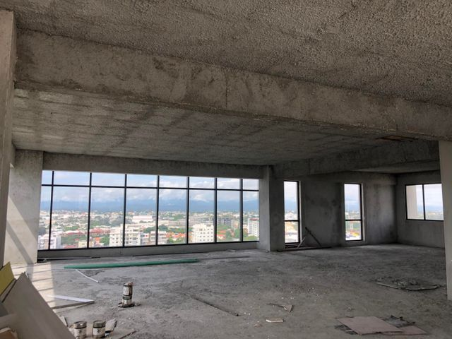 Local Comercial Santo Domingo>Distrito Nacional>El Millon - Alquiler:5.120 Dolares - codigo: 21-20
