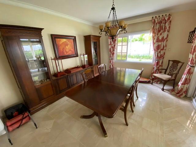Casa Santo Domingo>Distrito Nacional>Los Rios - Venta:790.000 Dolares - codigo: 21-63