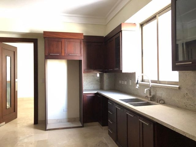 Apartamento Santo Domingo>Distrito Nacional>Paraiso - Alquiler:3.500 Dolares - codigo: 21-108