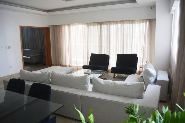 Apartamento Santo Domingo>Distrito Nacional>Piantini - Venta:378.000 Dolares - codigo: 21-203