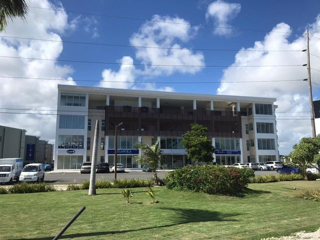 Local Comercial La Altagracia>Punta Cana>Punta Cana - Alquiler:3.326 Dolares - codigo: 21-309