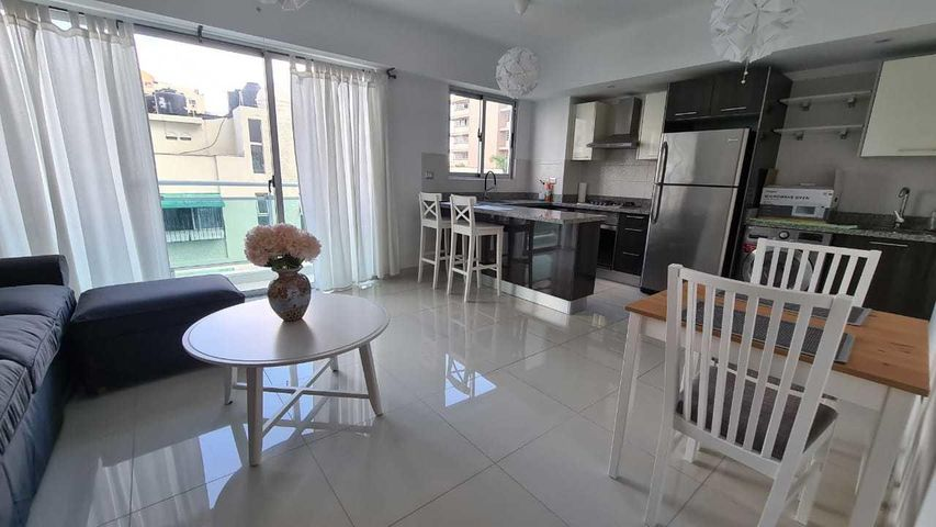 Apartamento Santo Domingo>Distrito Nacional>Piantini - Alquiler:1.000 Dolares - codigo: 21-355