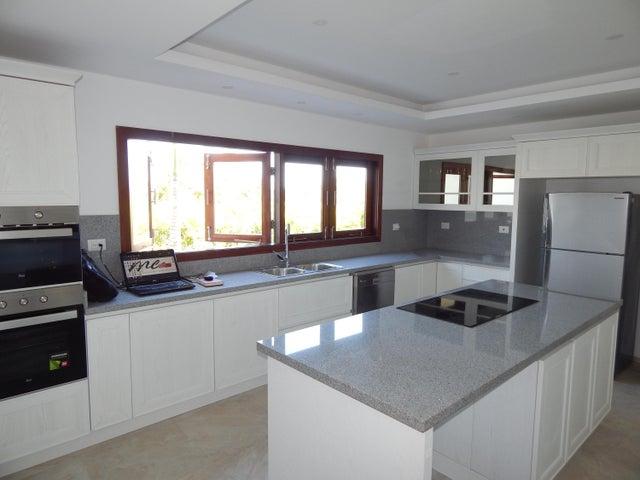 Casa La Altagracia>Punta Cana>Bavaro - Venta:1.300.000 Dolares - codigo: 21-390