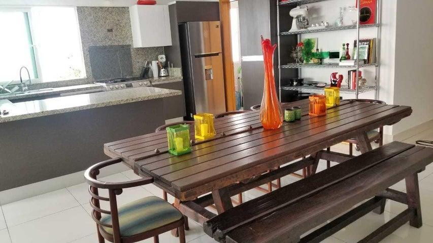 Apartamento Santo Domingo>Distrito Nacional>Naco - Venta:235.000 Dolares - codigo: 21-461