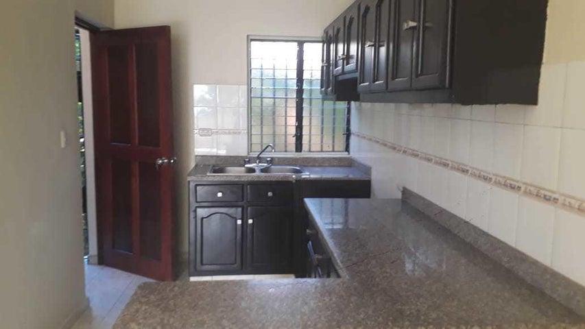 Apartamento Santo Domingo>Distrito Nacional>Gazcue - Alquiler:500 Dolares - codigo: 21-476