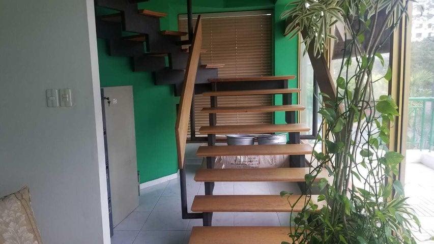 Local Comercial Santo Domingo>Distrito Nacional>Piantini - Venta:12.500.000 Pesos - codigo: 21-492