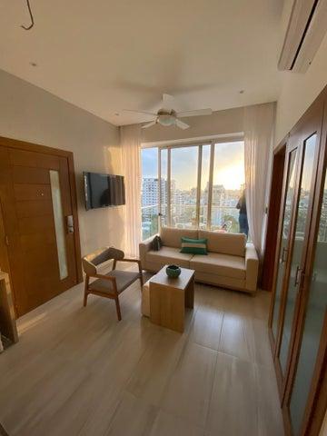 Apartamento Santo Domingo>Distrito Nacional>Naco - Alquiler:1.200 Dolares - codigo: 21-614