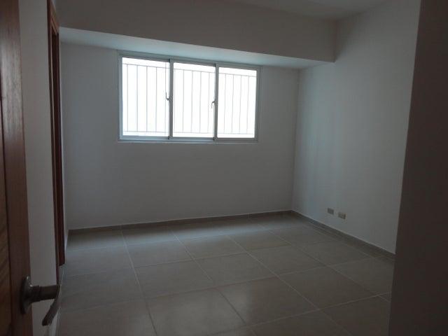 Apartamento Santo Domingo>Distrito Nacional>Evaristo Morales - Venta:158.000 Dolares - codigo: 21-721