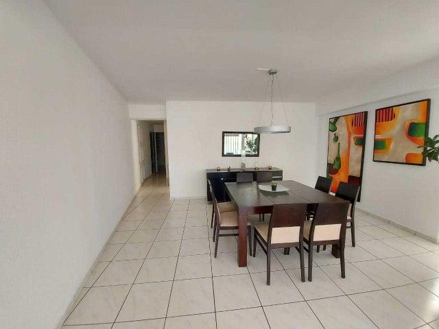 Apartamento Santo Domingo>Distrito Nacional>Evaristo Morales - Alquiler:1.300 Dolares - codigo: 21-772