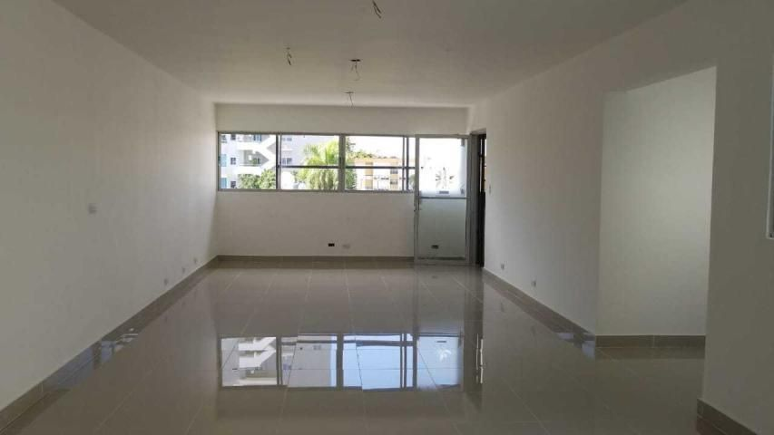 Oficina Santo Domingo>Distrito Nacional>Evaristo Morales - Alquiler:1.280 Dolares - codigo: 21-1071