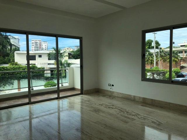 Casa Santo Domingo>Distrito Nacional>La Julia - Venta:1.417.000 Dolares - codigo: 21-1139