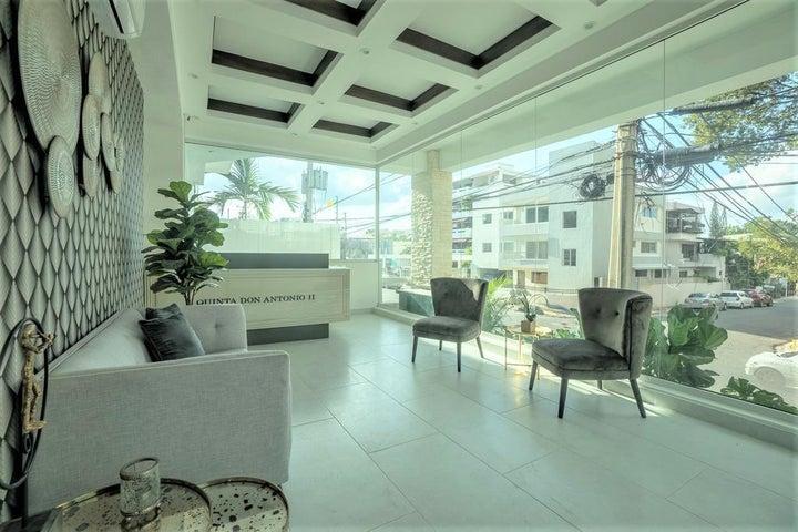 Apartamento Santo Domingo>Distrito Nacional>Julienta Morales - Alquiler:950 Dolares - codigo: 21-1171