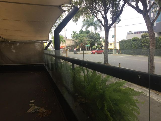 Local Comercial Santo Domingo>Distrito Nacional>Las Praderas - Venta:850.000 Dolares - codigo: 21-1370