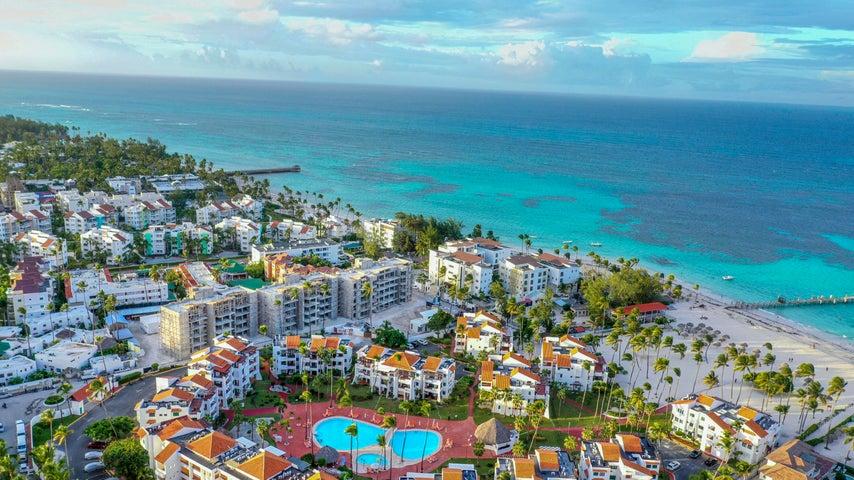 Apartamento La Altagracia>Punta Cana>Bavaro - Venta:209.000 Dolares - codigo: 21-1437