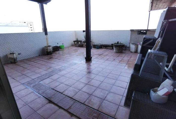Apartamento Santo Domingo>Distrito Nacional>Paraiso - Venta:678.600 Dolares - codigo: 21-1469