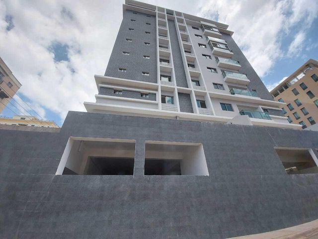 Apartamento Santo Domingo>Distrito Nacional>Evaristo Morales - Venta:218.568 Dolares - codigo: 21-29